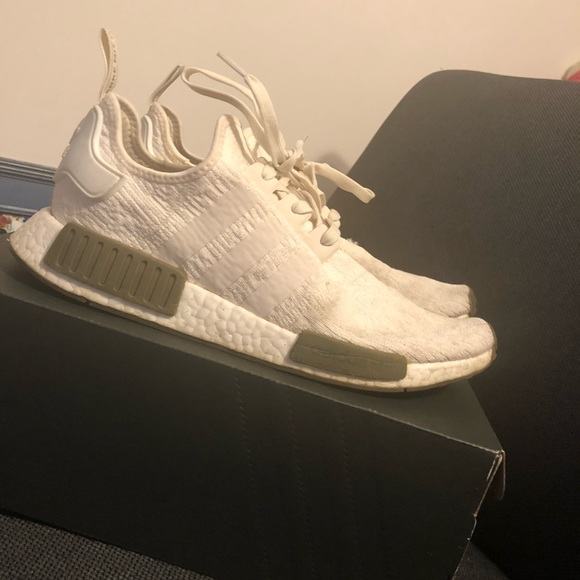 reputable site b571d 6f944 Champs exclusive nmd boost